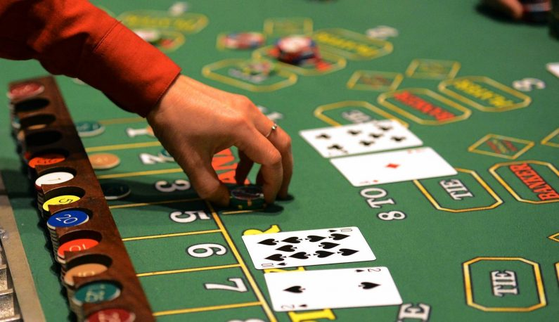 Listed Below's A Quick Method To Address The Gambling Concern