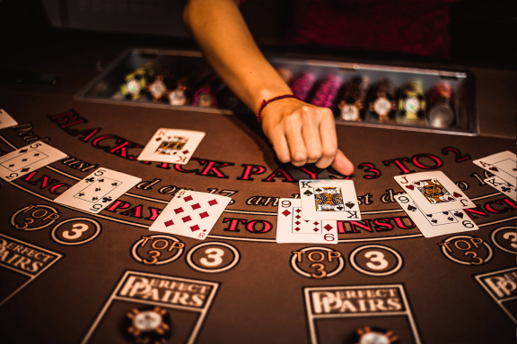 Efficient Ways To Get Extra Out Of Online Casino