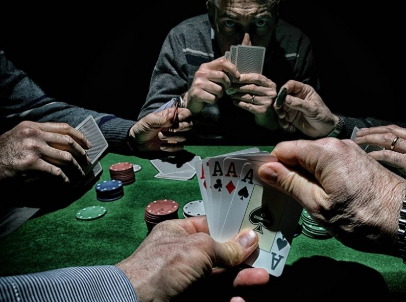 What Everyone Is Saying About Gambling And What It Is Best To Do