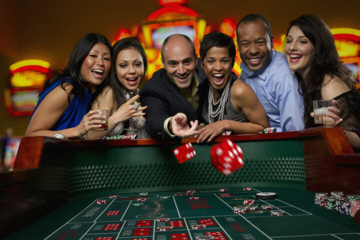 How One Can Generate Income From The Online Gambling Phenomenon